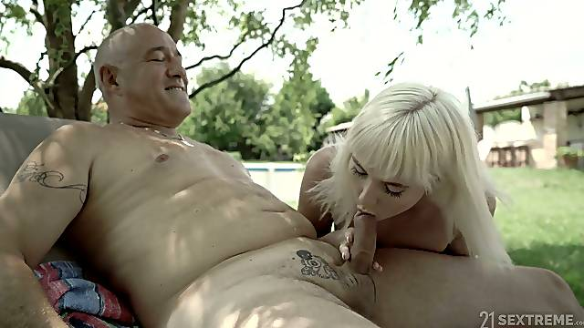 Finnish nympho Miss Melissa is into stroking and riding old cock