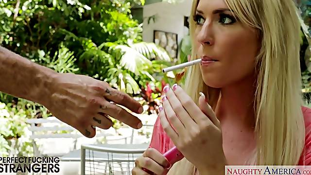 Blonde sexpot with mouth watering ass Victoria White gives head before doggy