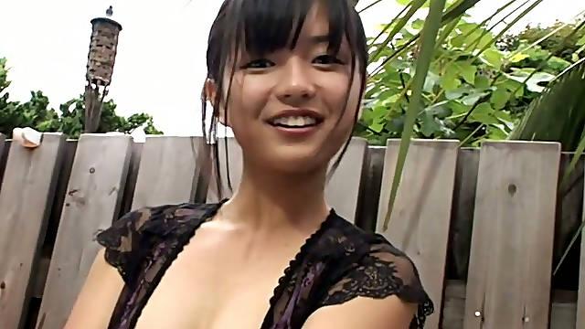 Raven haired Asian cutie Mayumi Yamanaka likes webcam in the shower