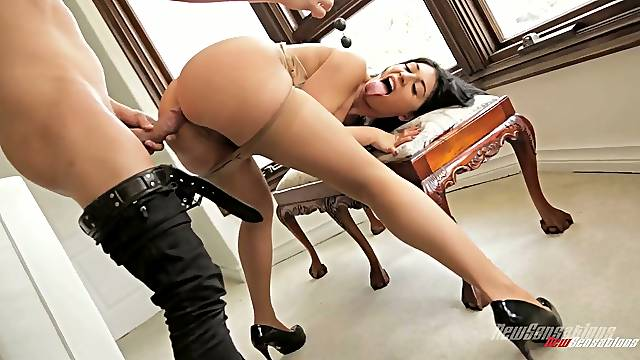Stunning lady with juicy ass Parker Page is bent over for some proper doggy