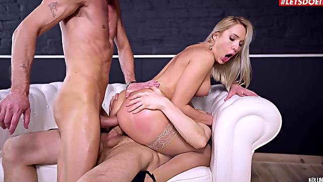 Classy Angelika Grays lets her inner slut out to play during DP threeway