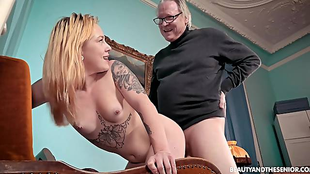 Grandpa fucks her pink pussy harder than her lover himself