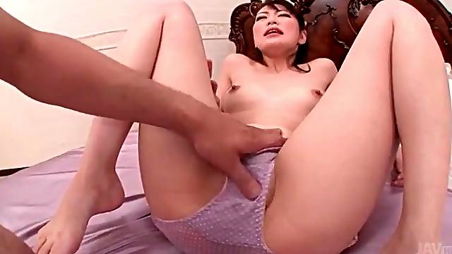 Clit rubbing makes Japanese pussy squirt