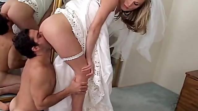 Cuckold worships her asshole like a good boy