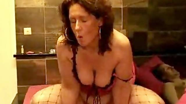 Cock riding slut!!