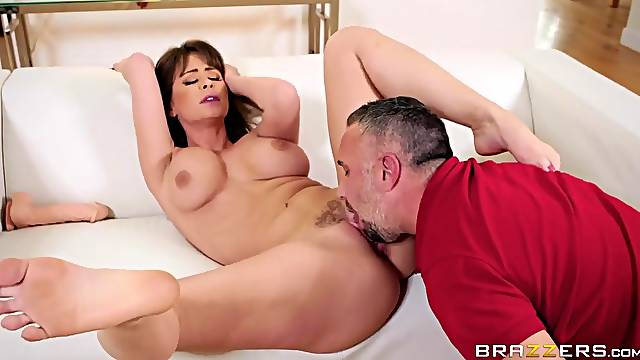Licking a milf pornstar slut and stuffing his cock inside her