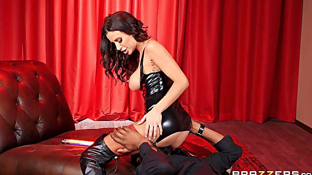 Gia DiMarco dresses like a classy slut and is rewarded for her efforts