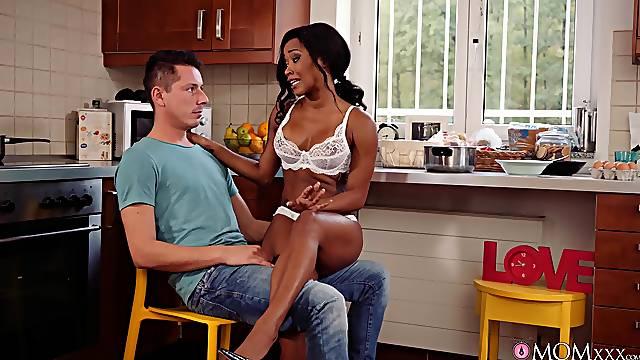 Sexy Kiki Minaj takes a guy's v-card on a very special day