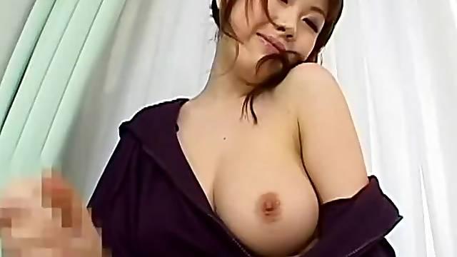 Big tits milf pornstar is showing her beauties