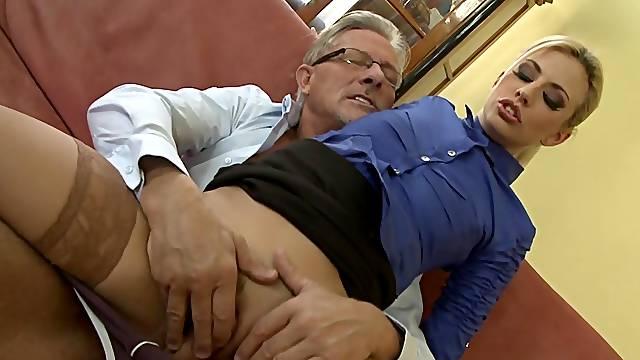 Sexy blonde Jessie Volt fucks with old man