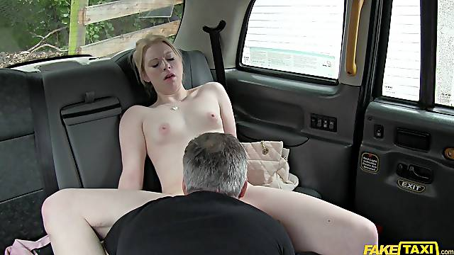 Palatable blonde babe Paige Wilson fucks her taxi driver