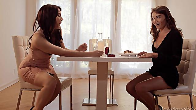 Girlfriends Valentina Nappi and Adria Rae end the day the right way