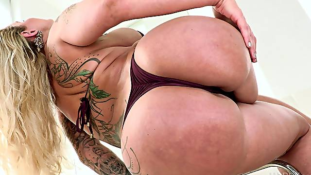 Iconic inked MILF Ryan Conner loves it in the booty and mouth
