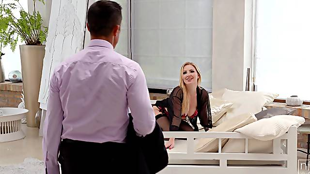 Insolent mature in superb scenes of hotel cheating