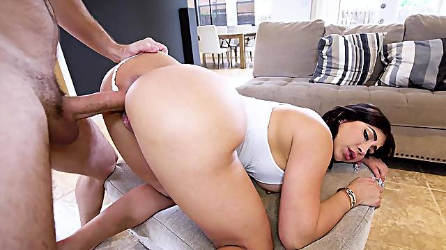 Energized Latina with thick ass, serious doggy orgasms
