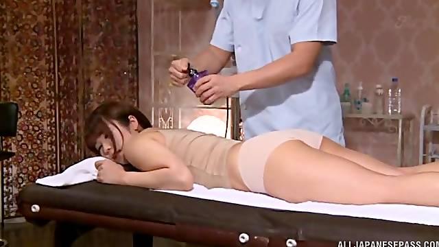 Soft massage drives Japanese to wanna fuck
