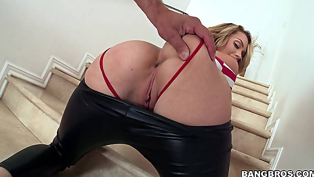 Blonde sex bomb Mia Malkova moans during hardcore sex on the stairs