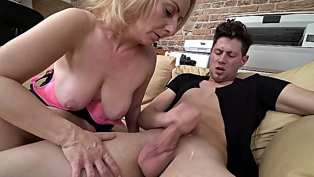 Amateur mom loves her son's dick in her mouth and between the big tits
