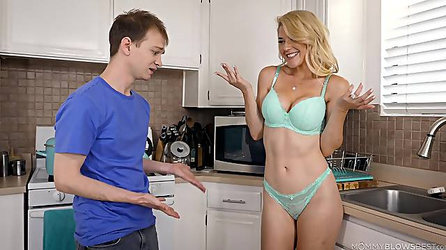Kitchen blowjob with sultry MILF Kit Mercer and her lucky stepson