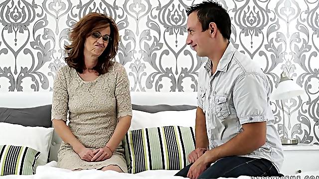 never - ending orgasm is everything about horny milf Mayna May dreams about