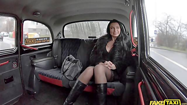 Taxi rides ends with good fucking for this Russian MILF