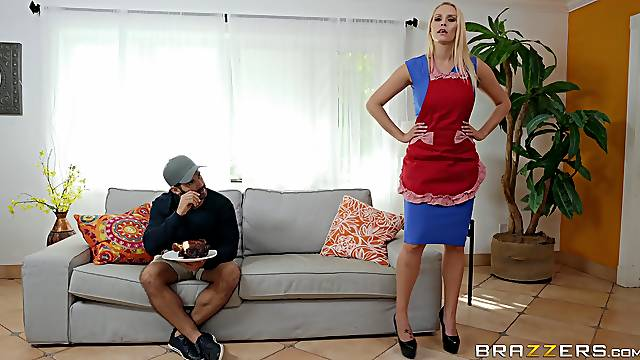 Step mom is now ready to smash some inches up that fine ass