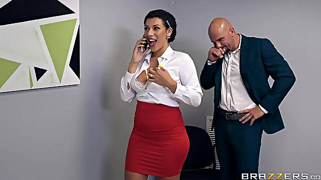 Big ass secretary is in for a good fuck with the new guy