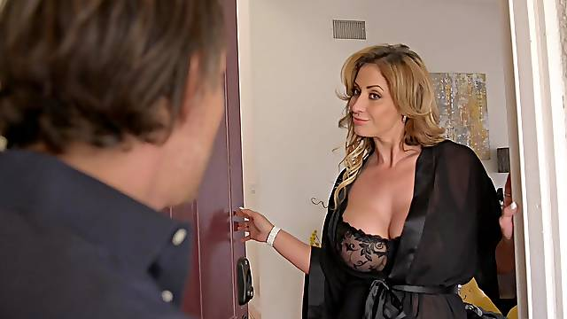 Passionate milf Eva Notty adores when her friends cum on her tits