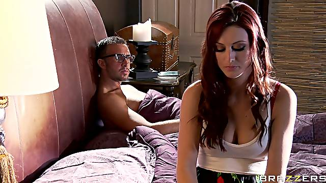 Aroused MILF combined sex with massage in hardcore tryout