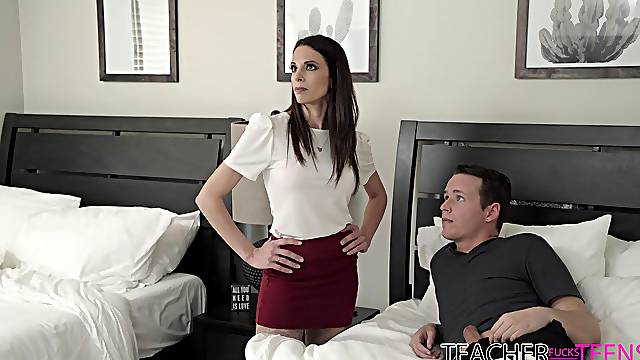 Nude MILF tries missionary with the hot stepson
