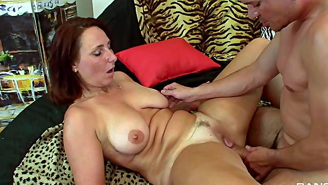 Fine amateur woman tries missionary with a younger fucker