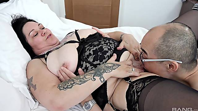 Crazy bedroom action with a BBW mature on fire