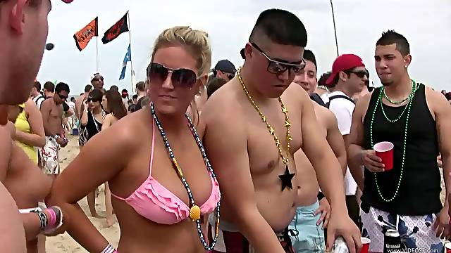 Randy curvy babes in bikini getting involved in the outdoor party