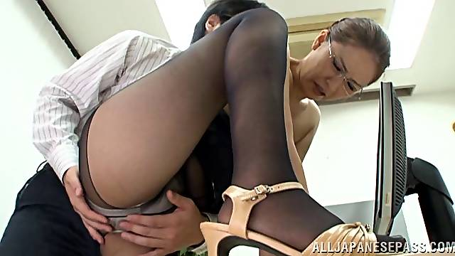 Hard office banging with sleazy hot ass chick Yurie Matsushima