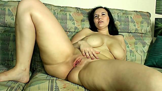 Big German titties on the amateur girls masturbating
