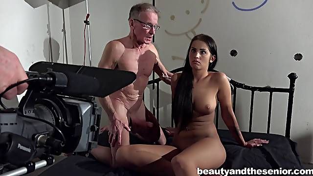 Behind the scenes of making Old vs Young porn with Loren Minardi