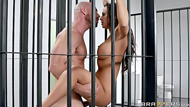 hairless guy enjoys a blowjob and good sex with hot Abigail Mac