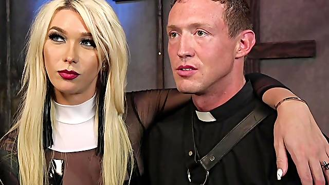 Nasty blonde shemale Aubrey Kate fucks tight ass of her male slave