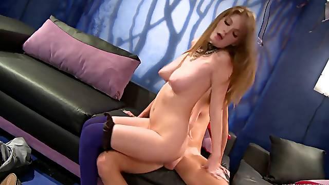 Charming girlfriend Raye Reagan gives a blowjob and gets fucked