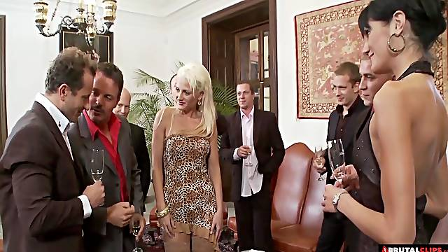 Glamour babes Sarah Twain and Stacy Silver fucked in gangbang