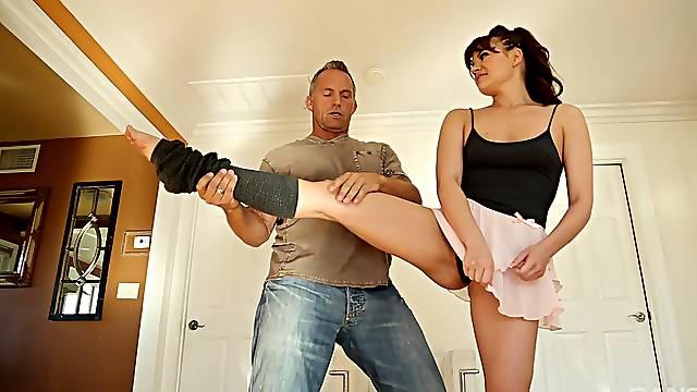 Amateur mature Alison Rey demonstrates how flexible she is