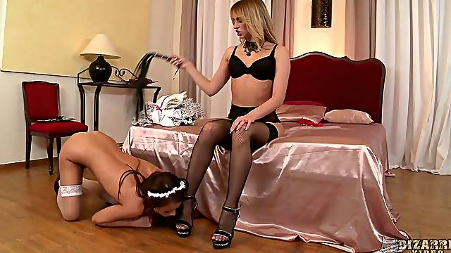 Foot fetish lesbians having fun Sophie Lynx and Aleska Diamond