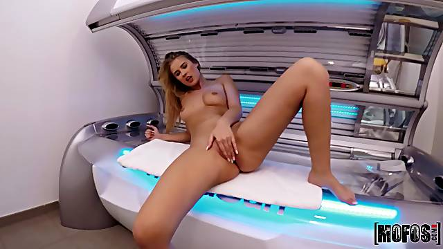 Sex at the solarium with nice ass and tits blonde Casey Northman