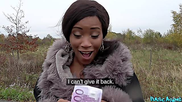 Ebony chick Kiki Minaj takes money to have sex with a stranger