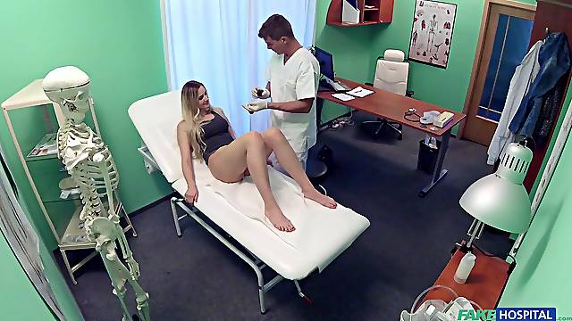 Spy cam in the doctor's office records while Katy Pearl rides him