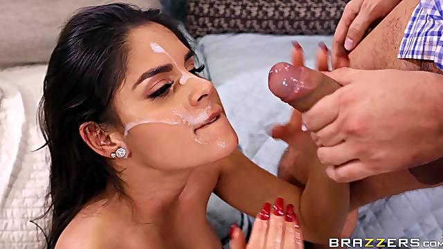 Wife Katya Rodriguez spreads her legs to be fucked balls deep
