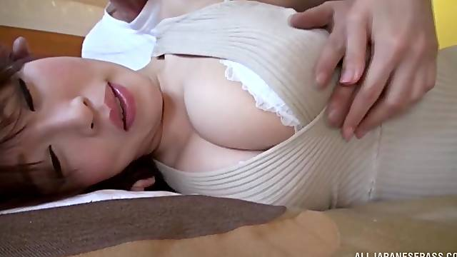 Japanese amateur Rinne Touka gets licked and fucked on the bed
