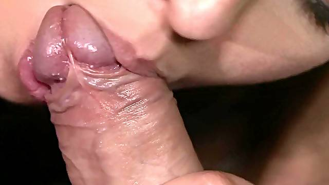 Gentle fucking on the sofa with trimmed pussy hottie Mea Melone