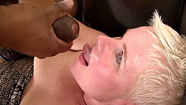 Dirty mature DD spreads her legs to be fucked by a black man