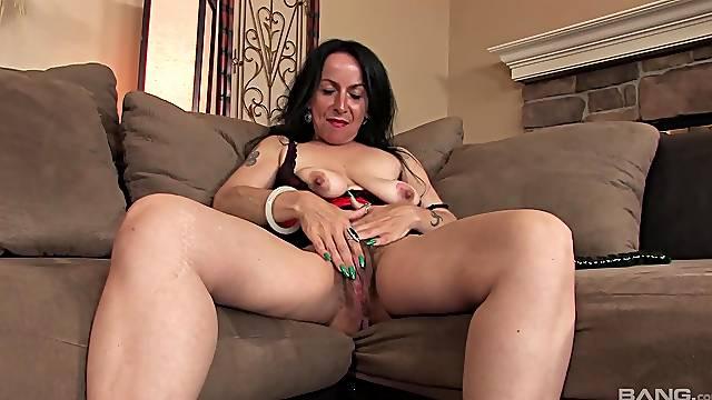 Homemade solo video of hairy mature Nina Swiss masturbating